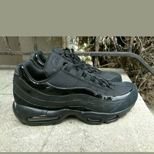 Nike Air Max 95 Womens 307960-008 Black Anthracite